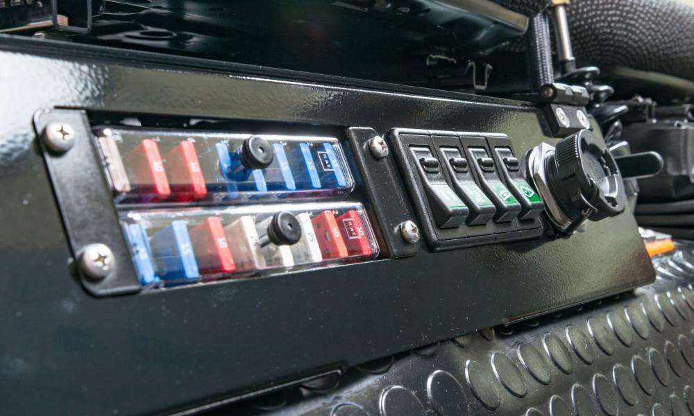 Kommunalfahrzeug APZ 1003 E-BOX