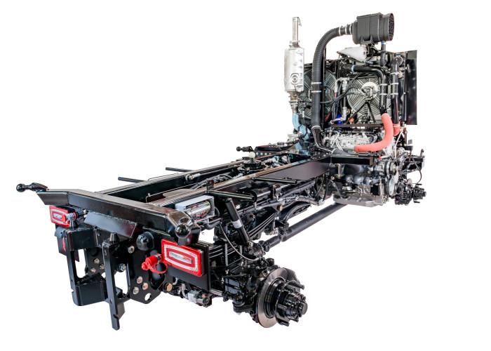 Massiver Zentralrohrrahmen für Kommunalfahrzeug APZ 1003