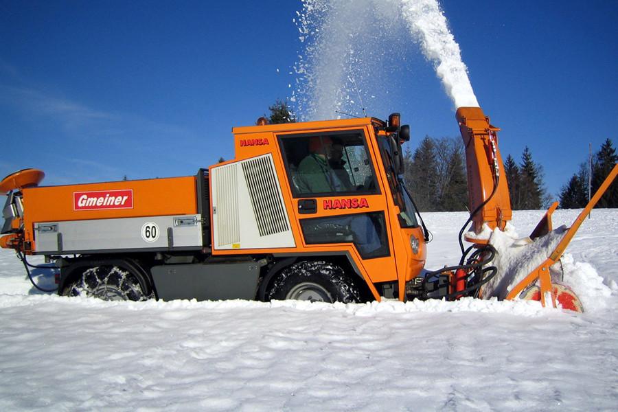 Winterdienstfahrzeug APZ 1003 Schneefräse 650 / 1600 mm